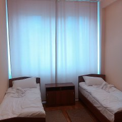 V Centre Hotel Стандартный номер с разными типами кроватей фото 2