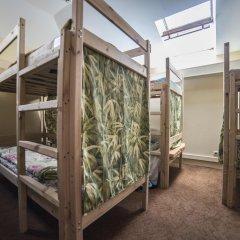 Отель Жилое помещение Рус Таганка Кровать в женском общем номере