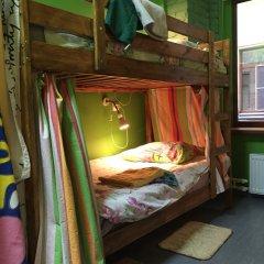 Red House Hostel Кровать в общем номере с двухъярусной кроватью фото 20