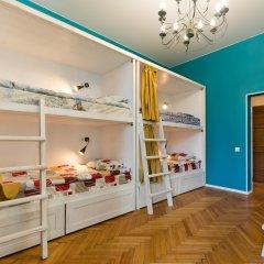 Hostel Moroshka Кровать в общем номере с двухъярусной кроватью