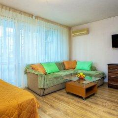Апартаменты LuxHaus комната для гостей фото 3