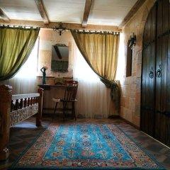 Отель Гостевой дом Hye Aspet Армения, Гюмри - 1 отзыв об отеле, цены и фото номеров - забронировать отель Гостевой дом Hye Aspet онлайн комната для гостей фото 3