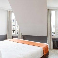 Отель Contact ALIZE MONTMARTRE 3* Улучшенный номер с различными типами кроватей