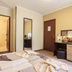 Отель Villa Brigantina сейф в номере