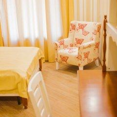 Мини-отель London Eye Улучшенный номер с различными типами кроватей фото 5