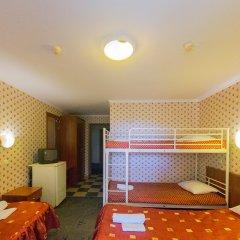 Одеон Отель Кровать в мужском общем номере фото 3