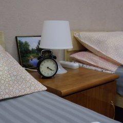 Хостел Марсель Кровати в общем номере с двухъярусными кроватями