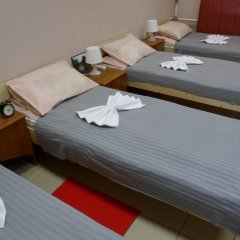 Хостел Марсель Кровати в общем номере с двухъярусными кроватями фото 2