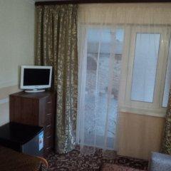 Гостиница Guest House Nika Номер с общей ванной комнатой с различными типами кроватей (общая ванная комната) фото 5
