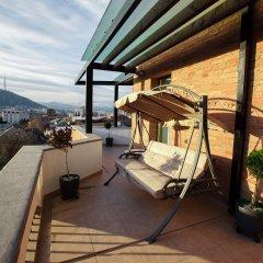 Laerton Hotel Tbilisi 4* Улучшенный номер с двуспальной кроватью фото 10
