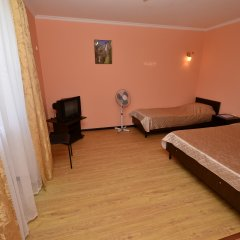 Гостиница Анапский бриз Номер Эконом с разными типами кроватей фото 11