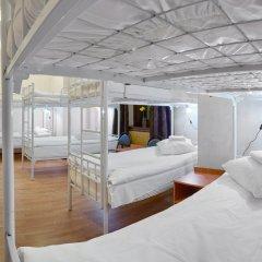 Гостиница ГородОтель на Казанском Кровать в мужском общем номере с двухъярусной кроватью фото 2
