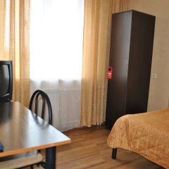 Гостиница Спутник 2* Номер Эконом разные типы кроватей (общая ванная комната) фото 11