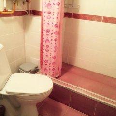 Vse svoi na Bol'shoy Konyushennoy Hostel ванная фото 3