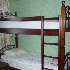 Хостел Центральный Кровать в женском общем номере с двухъярусной кроватью