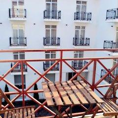 Гостиница Голубая Лагуна в Анапе 13 отзывов об отеле, цены и фото номеров - забронировать гостиницу Голубая Лагуна онлайн Анапа балкон
