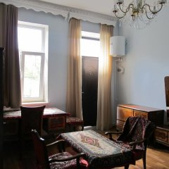 Отель Хостел Artush & Raisa B&B Армения, Гюмри - отзывы, цены и фото номеров - забронировать отель Хостел Artush & Raisa B&B онлайн комната для гостей фото 2