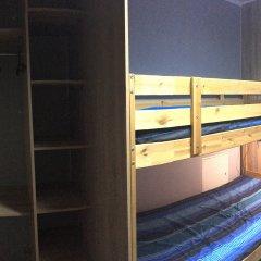 Хостел Smiles Кровать в общем номере с двухъярусной кроватью