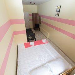 Мини-Отель Компас Номер с общей ванной комнатой с различными типами кроватей (общая ванная комната) фото 29