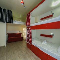 Гостиница HQ Hostelberry Кровать в общем номере с двухъярусной кроватью фото 18