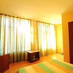 Гостевой Дом На Черноморской 2 Люкс с различными типами кроватей фото 14