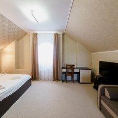Гостиница Balmont 2* Улучшенный номер с двуспальной кроватью фото 2