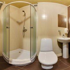 Гостиница Мартон Стачки 3* Улучшенный номер разные типы кроватей фото 3