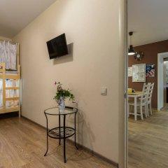 Лайк Хостел Санкт-Петербург на Театральной Кровать в общем номере с двухъярусной кроватью фото 4