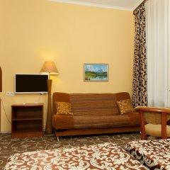 Апартаменты Гостевые комнаты и апартаменты Грифон Номер Делюкс с различными типами кроватей фото 5