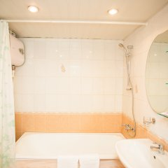 Гостиница Визит 3* Улучшенный номер с различными типами кроватей фото 7