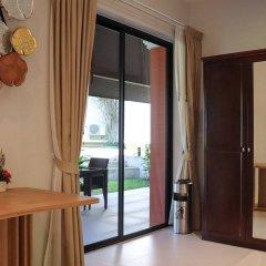 Отель Villa Laguna Phuket 4* Улучшенный номер с различными типами кроватей фото 5