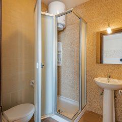 Отель SeaShells Sea View Studio-Penthouse Мальта, Буджибба - отзывы, цены и фото номеров - забронировать отель SeaShells Sea View Studio-Penthouse онлайн ванная фото 2