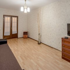Апартаменты на Миклухо-Маклая комната для гостей фото 4