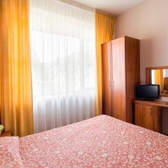 Гостиница Радужный 2* Стандартный номер с разными типами кроватей фото 2
