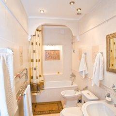 Гостиница Бристоль-Центральная Люкс с двуспальной кроватью фото 8