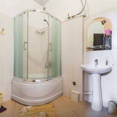 Апартаменты в центре Тбилиси ванная
