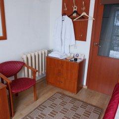 Гостевой Дом Вилла Северин Номер Эконом с разными типами кроватей (общая ванная комната) фото 3