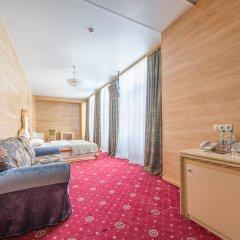 Гостиница Гранд Белорусская 4* Номер Делюкс двуспальная кровать фото 3