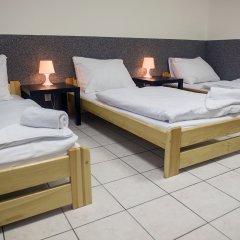 Хостел Seven Prague Номер с общей ванной комнатой с различными типами кроватей (общая ванная комната) фото 23