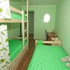 Хостел ВАМкНАМ Захарьевская Номер с общей ванной комнатой с различными типами кроватей (общая ванная комната) фото 11