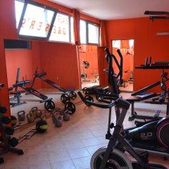 TM Deluxe Hotel фитнесс-зал фото 2