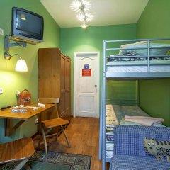Хостел Друзья на Банковском Номер с общей ванной комнатой с различными типами кроватей (общая ванная комната) фото 5