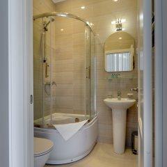 Мини-отель SOLO на Литейном 3* Улучшенный люкс с различными типами кроватей фото 10