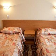 Гостиница Молодежная 3* Кровать в общем номере с двухъярусными кроватями