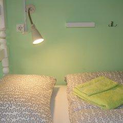 Гостевой Дом Полянка Кровать в общем номере с двухъярусными кроватями фото 5
