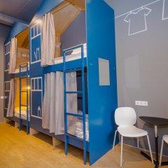 Хостел Inwood Кровать в женском общем номере с двухъярусной кроватью