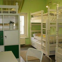 Гостевой Дом Полянка Кровать в общем номере с двухъярусными кроватями фото 11