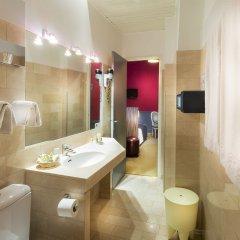 Odéon Hotel 3* Стандартный номер с различными типами кроватей фото 5