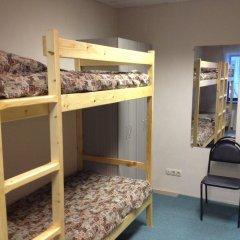 Хостел 4&4 Кровать в общем номере фото 7