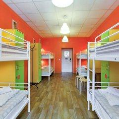 Хостел Друзья на Восстания Кровать в общем номере фото 3